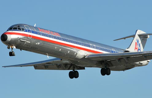 American Airlines MD-80-plane