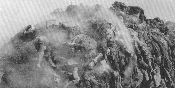 Pile Of Bodies : The mystery of pergamon